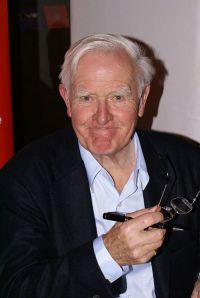 "John le Carré at the ""Zeit Forum Kultur"" in Hamburg on November 10th 2008.By Krimidoedel"